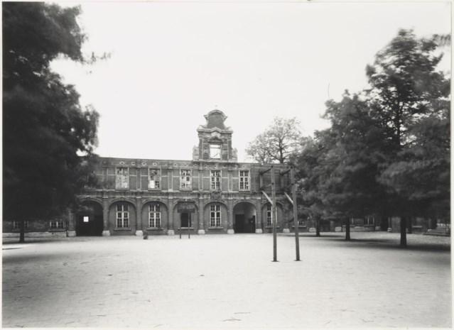 """Commanderij van Pitzembrug ontstond in 13de eeuw: """"Schoolstrijd woedde fel in de Mechelse scholen"""""""
