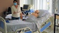 """Thomas More schoolt verpleegkundigen bij voor intensieve zorgen: """"Ziekenhuizen hebben hier nu geen tijd voor"""""""