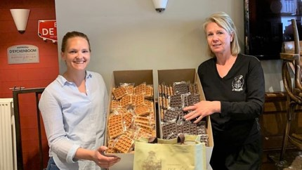 Café schenkt wafeltjes aan sociale kruidenier