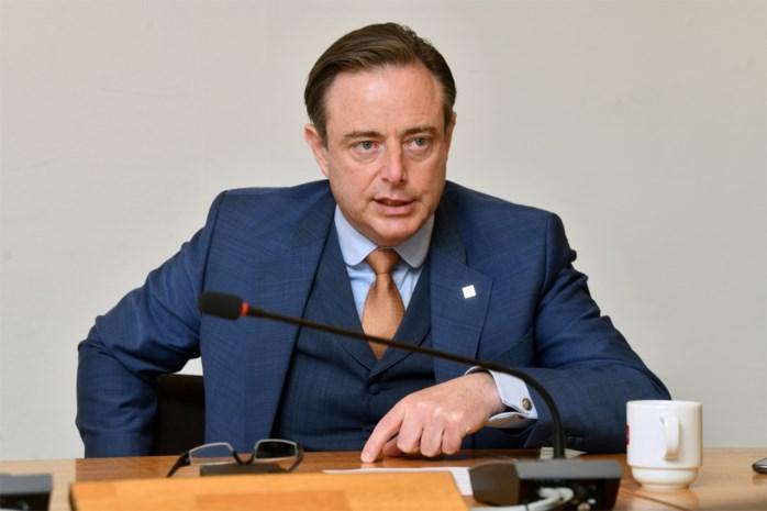 De coronakater van De Wever: N-VA staat aan de zijlijn en dat valt zwaar