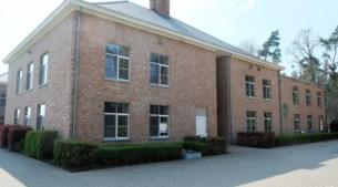 """Elf doden in woonzorgcentrum Buitenhof: """"Als we nu testen, zullen 55 van onze 65 bewoners besmet zijn"""""""