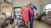 """Miss België verliest oma aan coronavirus: """"Het heeft niet mogen zijn"""""""