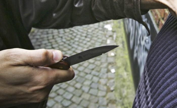 Man valt (ex-)echtgenote aan met mes: werkstraf