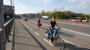 """Experts zien mogelijkheden voor fietsers tijdens lockdown: """"Open de Waaslandtunnel voor fietsers"""""""