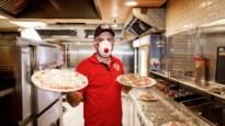 """Pizzeria bakt duizend pizza's voor coronahelden: """"Ik ga door zolang de maatregelen duren"""""""