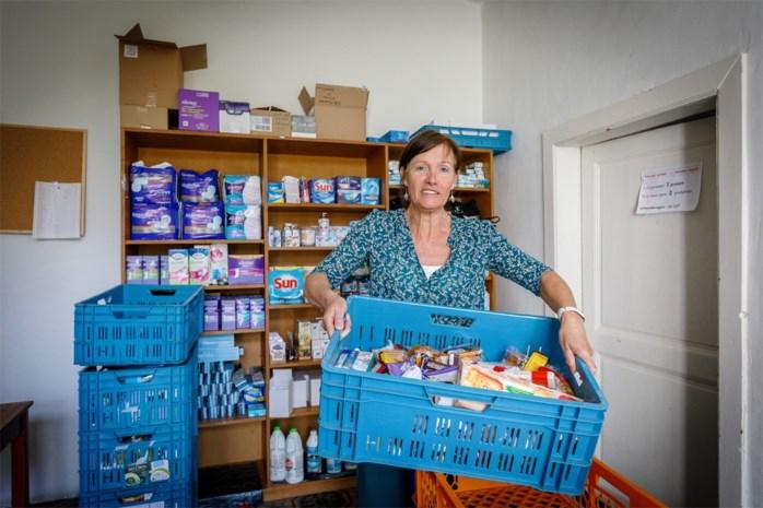 """Kwetsbare gezinnen winkelen met korting in grootwarenhuis: """"In de ideale wereld zou het altijd zo kunnen zijn"""""""