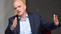 """FIFA wil 2 miljard euro geven aan nationale voetbalbonden: """"De hele wereld zal zien waar het geld heen gaat"""""""
