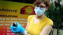 Verzorgster Zoo Antwerpen botst op veel obstakels tijdens quarantaine in Liberia