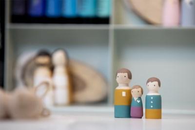 """Veerle van onlineshop Studio POP maakt originele kegelpoppetjes: """"Een mini-versie van jezelf"""""""