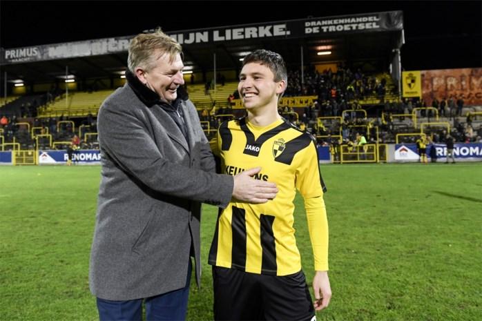 """Publiekslieveling Emile Samyn speelt ook volgend seizoen voor Lierse K.: """"Verliefd op deze club en haar fans"""""""