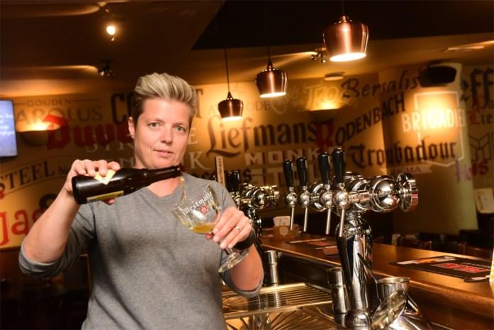 Biersommelier An stelt aperitiefpakketjes samen