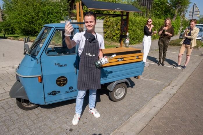 """19-jarige Hovenaar levert cocktails aan huis: """"Met Bar Polak hebben klanten toch even dat tooggevoel"""""""