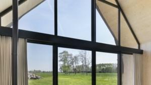Binnenkijken: wonen in een tipi van hout