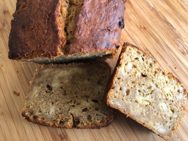 Het meest gegoogelde recept in coronatijd, maar is dit bananenbrood ook een toppertje?