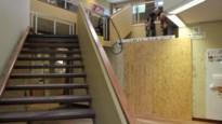 """Gemeente plaatst lift in bibliotheek, volledige herinrichting volgt later: """"We krijgen een bib waar heel wat te beleven valt"""""""