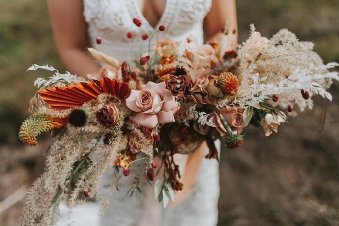 Bloemenstyliste geeft onlinecursussen: de barokke boeketten van Wildflowers and Wodka