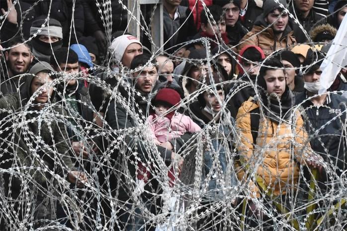 Griekse grenspolitie schoot met scherp op migranten aan Turkse grens