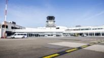 """Extra subsidie van 300.000 euro voor luchthaven Deurne, actiegroep reageert verbolgen: """"Verspilling"""""""