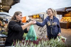 """Beperking van 50 kramen op markten valt Kempense gemeentebesturen zwaar: """"Drie weken voorbereiding in prullenmand"""""""