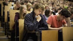 Geen aula's en minder examens: universiteiten zullen er na corona heel anders uitzien