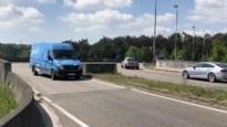 Rotonde aan E34 krijgt extra afslagstrook