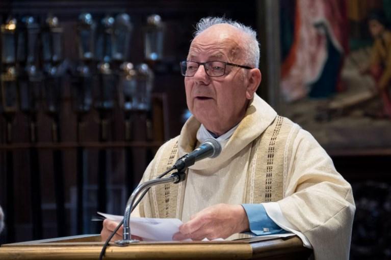 Populaire pastoor Flor Stes (78) overleden