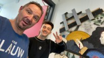 """Jonge Bornemse kunstenaar mist expo, maar krijgt vijf toonmomenten in ruil: """"Na negen weken lockdown is dit toch iets"""""""