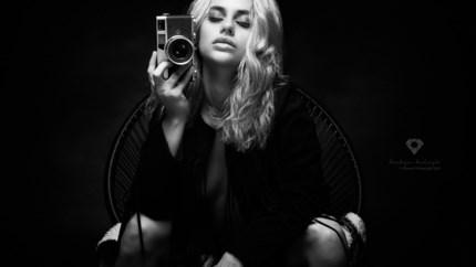 """Angelique wordt eerst Vlaamse op cover van internationale Playboy: """"Negatieve commentaar raakt me niet"""""""