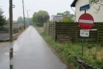 Na betonblokken nu eenrichtingsverkeer in Moffenhoeve