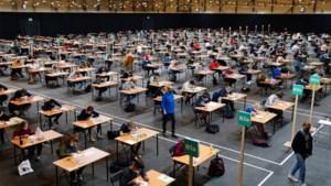 100.000 Gentse studenten leggen examens af in beurshal van Flanders Expo
