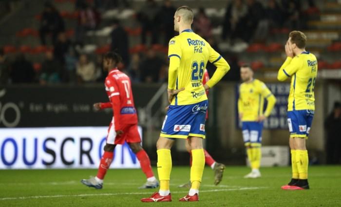 """Leegloop dreigt bij Waasland-Beveren na degradatie, maar spelers kijken in eigen boezem: """"Het is onze eigen schuld"""""""