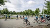 """Wielertoeristen mogen weer in groep fietsen: """"Rochelen en spuwen doen we niet meer"""""""