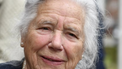 """Eregemeenteraadslid (91) overleden: """"Moeder was een van de sterke vrouwen van de eerste generatie politica"""""""