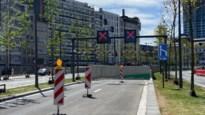 Alweer incident in nieuwe Operatunnel: bestelwagen rijdt zich vast tegen hoogtebeperking