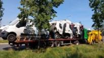 Vrachtwagen schuurt tegen plafond Waaslandtunnel en zorgt voor dichte stofwolk