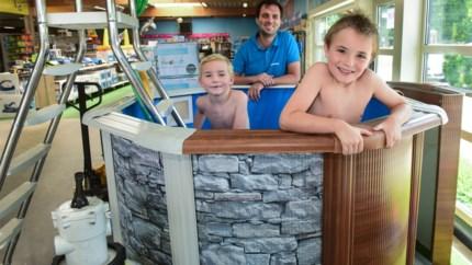 """Zwembadenverdeler moet klanten teleurstellen: """"Producent kan 400 zwembaden niet leveren"""""""