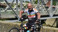 """'Familie'-acteur Jef De Smedt (64) heeft voorbije weken niet stilgezeten: """"Fietsen aan het Zennegat, dat is mijn jeugd herbeleven"""""""