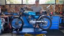"""23-jarige hobbymechanieker restaureerde al tientallen unieke oldtimer-brommertjes: """"Uit de hand gelopen hobby"""""""