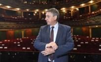 """Jan Jambon bezoekt Antwerpse opera: """"Dinsdag lanceren we noodfonds voor de cultuursector"""""""