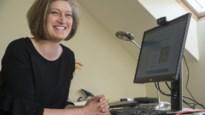 Werken in tijden van corona: prof microbiologie geeft les vanop zolderkamer