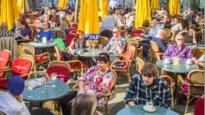 De voorwaarden voor de heropstart cafés en restaurants: om middernacht sluiten en reserveren of contactgegevens achterlaten