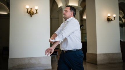 """Philippe De Backer, de belangrijkste coronaminister: """"Ik heb te veel absurditeiten gezien. Ons systeem werkt niet"""""""