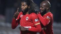 Antwerp blijft hopen op Dieumerci Mbokani, Turkse interesse voor Steven Defour