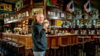 """Cafébaas wil heropenen, maar solliciteert ook als buschauffeur: """"Steunmaatregelen  helpen me weinig vooruit"""""""