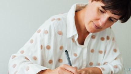 Op zoek naar een hobby? Onze redactrice leerde kalligrafie in haar kot