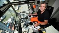 Een bureau met glazen vloer, 50 meter boven de grond: kraanman Rob bekijkt alles van bovenaf