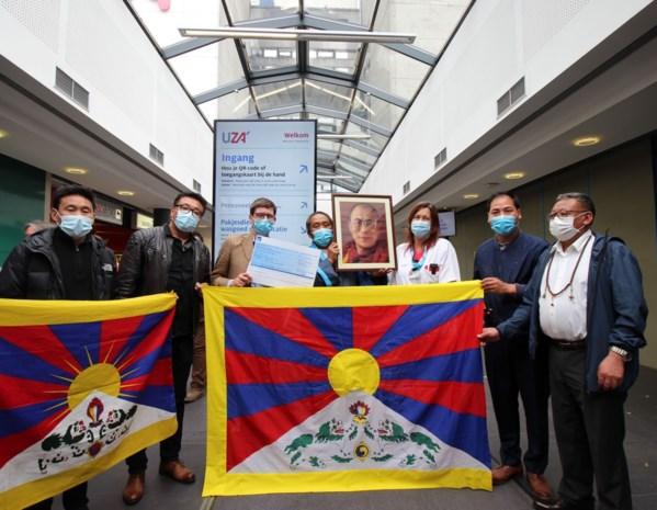 """Tibetaanse gemeenschap steunt UZA: """"Dankbaarheid tonen voor België en zijn volk"""""""