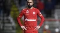 """Steven Defour wacht nog altijd op voorstel Antwerp: """"Lig er niet wakker van"""""""