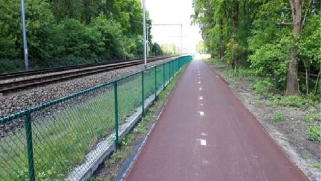 Weer stukje fietsostrade klaar: nu (bijna) in één ruk van Nederlandse grens tot Luchtbal