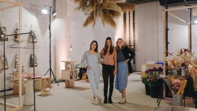"""Onderneemsters combineren Belgisch design en bloemenboeketjes in Turnova: """"Een fysiek verkooppunt is leuker"""""""